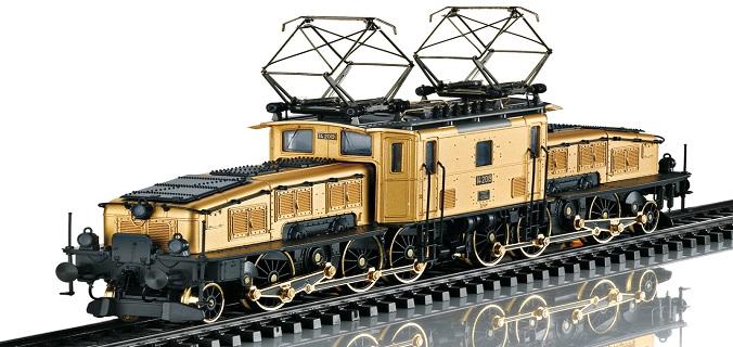 New Marklin Gold Crocodile Locomotive 24 Karats