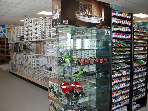 Micro Macro Mundo Miami Hobby Store Hobby shop for your Model Trains and Radio control needs